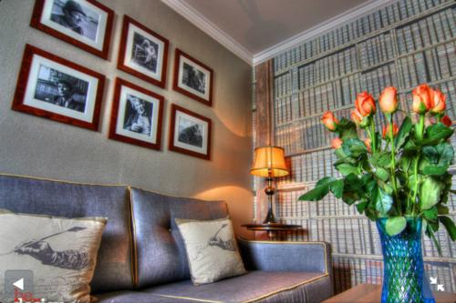 City Hotel, Derry